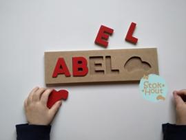 Naampuzzel 0-5 letters. Bijv. 'Abel - rood'