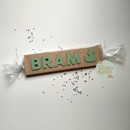Naampuzzel 0-5 letters. Bijv. 'Bram - vintage groen'