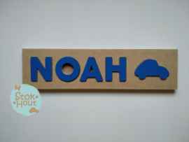 Naampuzzel 0-5 letters. Bijv. 'Noah - donker blauw'