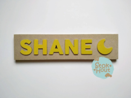 Naampuzzel 0-5 letters. Bijv. 'Shane - retro geel'