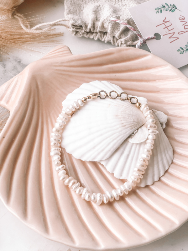 Zoetwater Parel Armband / Beige bigger pearls