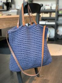Handgemaakt product: Tote bag met leren hengsels
