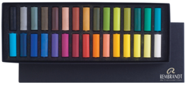 Rembrandt Soft Pastels  General selection set van 30 halve