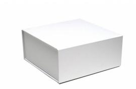 Luxe geschenkdoos met magneetsluiting wit