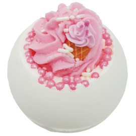 Bomb Cosmetics - Ice Cream Queen Bath Blaster