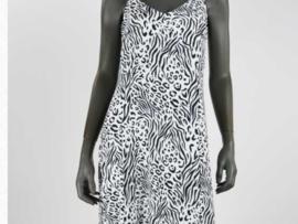 Lange jurk, onderkant met een roes