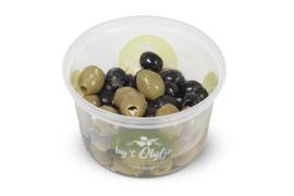 Gemengde knoflook olijven