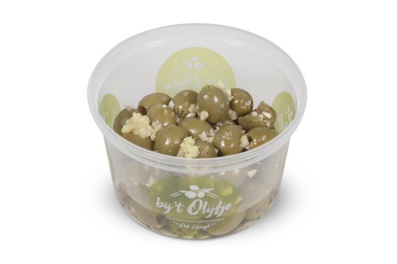 Gemarineerde knoflook olijven