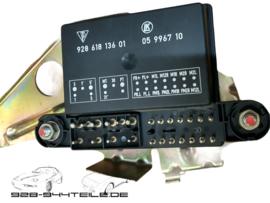 928 GTS - Außenspiegelsteuergerät