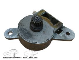 928 GTS/S4 - sunroof transmission motor