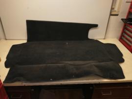 944 trunk trim - black