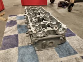 928 S4 - cylinder head cylinder 1-4 / passenger side