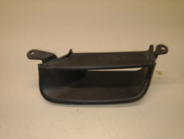 928 front bumper air guide - good condition - right