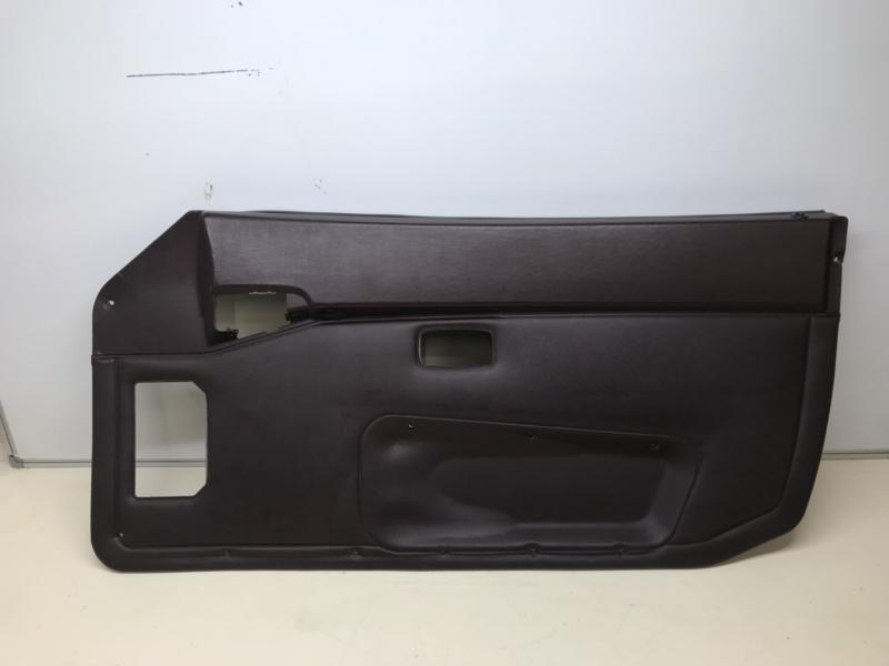 944 type 2 door panel red - co-driver's side