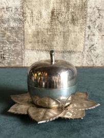 Verzilverde antieke appel met likeurglaasjes incl. Verz.