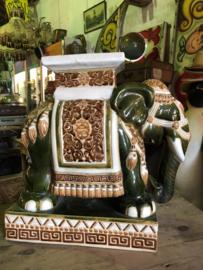 Vintage plantenstandaard porseleinen olifant