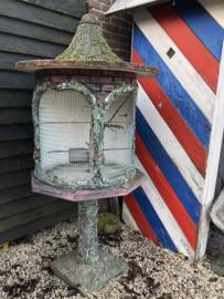 Verkocht 😜Vintage betonnen vogelkooi