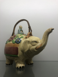 Antieke japanse theepot