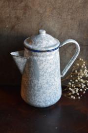 Brocante Emaille Kan - blauw gewolkt