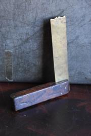Oude Brocante Winkelhaak - hout