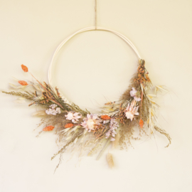 Dried Flower Wreath half Lilly
