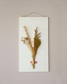Dried Flower Wood hanger ginger