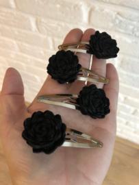 Haarspeldje met bloem vilt zwart