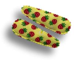 Haarspeldjes geel met aardbeien