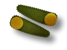 Haarspeldjes olijfgroen met button okergeel