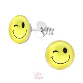 Zilveren kinderoorbellen gele smiley (rond)