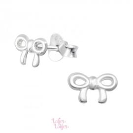 Zilveren kinderoorbellen klein strikje