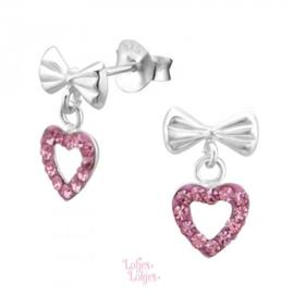 Zilveren kinderoorbellen strikje met hartje kristal roze