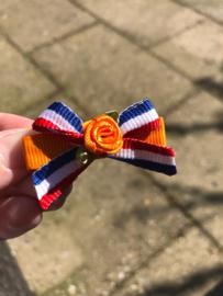 Haarlokspeldje oranje met strikje en roosje | Koningsdag