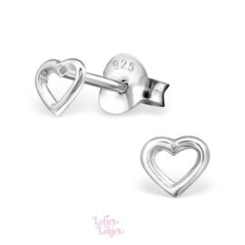Zilveren kinderoorbellen klein hartje