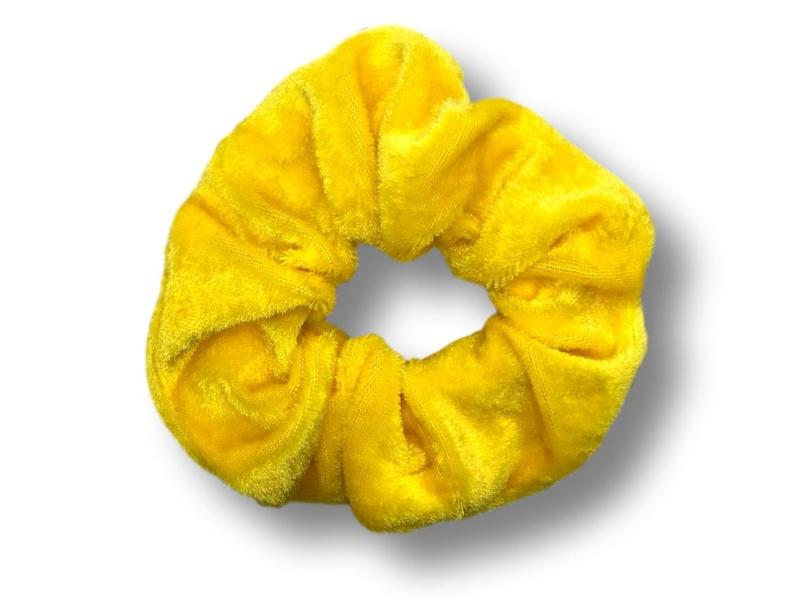 Scrunchie velvet geel