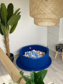 Blauw ballenbad met 200 ballen