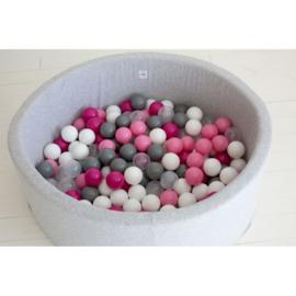 Grijze ballenbad met 200 ballen