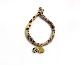 Leopard, gold & nature stone
