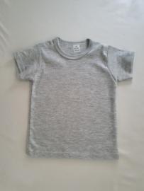 Basic licht grijs t- shirt