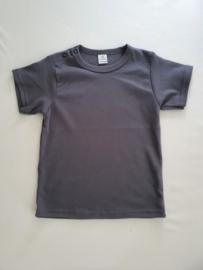 Basic  donker grijs t-shirt