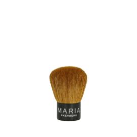 KABUKI BRUSH MÅ | een luxe uitgevoerde borstel die speciaal is aangepast voor Mineral Powder.