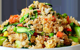 25. Khao Pad Pak (Gebakken rijst, groenten)