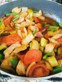 14 . Poulet à la sauce aigre-douce (Pio Wan Kai)