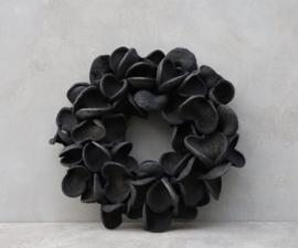 Badam krans -  Black