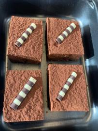 Chocolade truffeltaart, geproduceerd door restaurant Maslow 4 stuks❄️