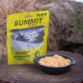 Summit to Eat Scrambled Egg with Cheese - Ontbijt