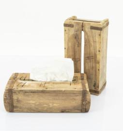 tissues houder van oude steenmal