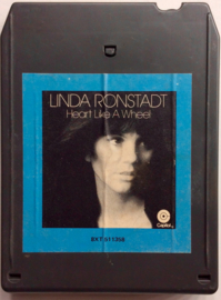 Linda Ronstadt - Heart like a wheel - 8XT 11358