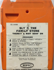 Sly & The Familiy Stone - There's A Riot Going On -  EPIC EA 30986