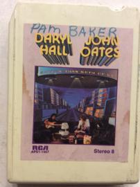Daryl Hall & John Oates - Bigger Than Both of us - RCA APS1-1467
